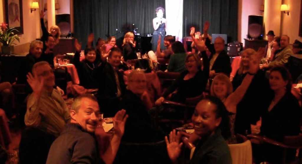 Cabaret Comico Audience